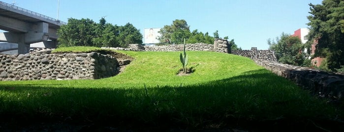 Zona Arqueológica Mixcoac is one of Museos · Galerías · Centro Cultural.