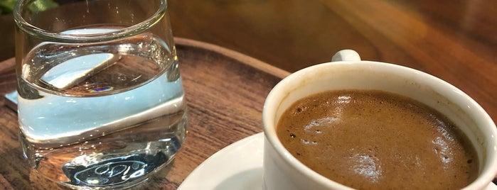 Askadar is one of Istanbul - Cafe&Restaurant.