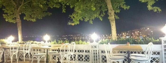 Big Mamma's is one of Istanbul Baru.