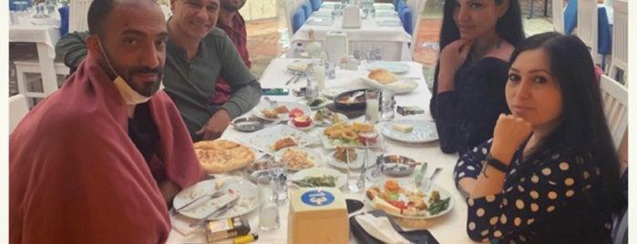 Reis Restaurant is one of Tempat yang Disukai Ercan.