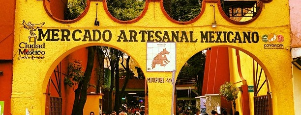 Mercado de Artesanías is one of df.