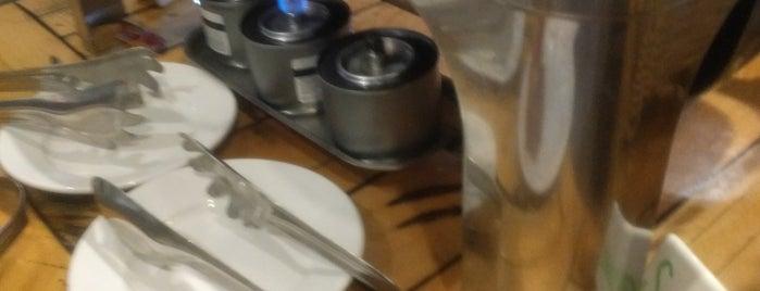 The Woodstone Grille is one of Tempat yang Disukai Megan.