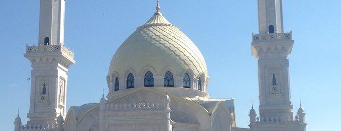 Белая мечеть is one of Tempat yang Disukai Яна.