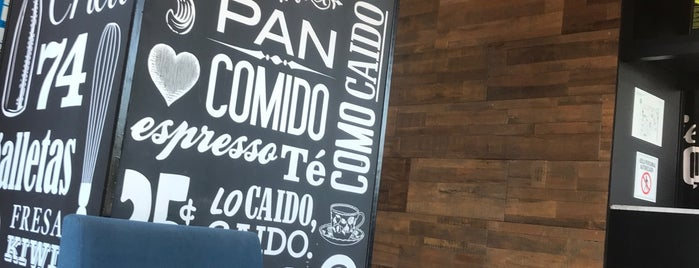 Cielito Querido Café is one of Lugares favoritos de Jaime.