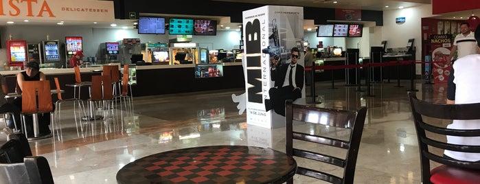 Cinemex Platino is one of Ross : понравившиеся места.