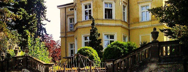 Zámecký park Dolní Počernice is one of Prague.