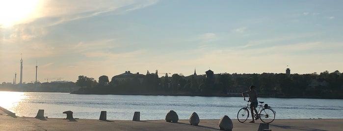 Docklands is one of Birtije kraj mora.