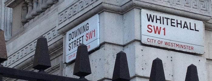 10 Downing Street is one of London Favorites.