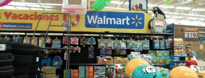 Walmart is one of Locais curtidos por René.