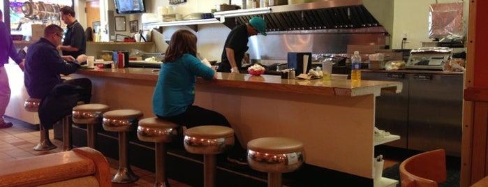 Danny's Cafe is one of Orte, die Daniel gefallen.
