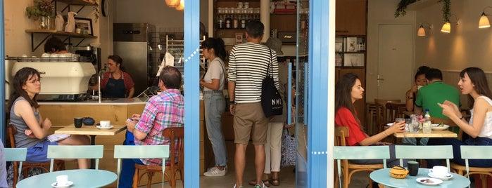 Broken Biscuits is one of Paris.