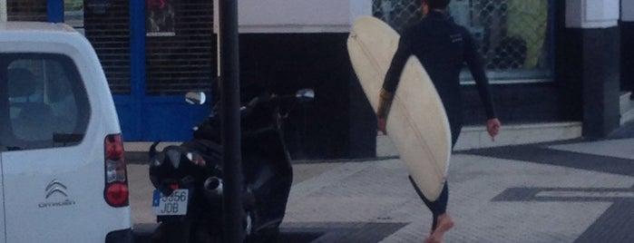 Surfing San Sebastian is one of Posti che sono piaciuti a Marta.