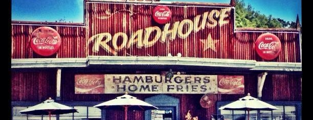 Roadhouse Bastrop is one of TM 50 Best Burgers in Texas.