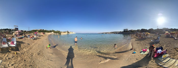 Kocakarı Plajı is one of Orte, die Erkan gefallen.