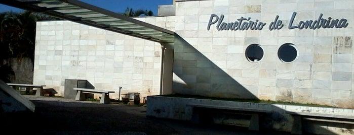 Planetário de Londrina is one of Passeios astronômicos.