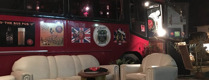 The Bus Pub is one of Dade 님이 저장한 장소.