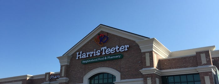 Harris Teeter is one of Kaitlyn'in Beğendiği Mekanlar.