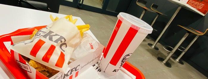 KFC is one of Posti che sono piaciuti a Ekrem.