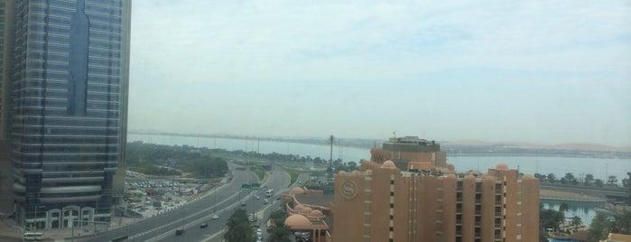 Al Diar Regency Hotel Abu Dhabi is one of Locais curtidos por Alfred.