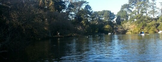 Stow Lake Boat House is one of Andrea 님이 저장한 장소.
