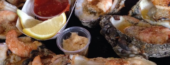 Gilhooley S Restaurant Oyster Bar Is One Of Top 11 Seafood Restaurants In Houston Bay Area