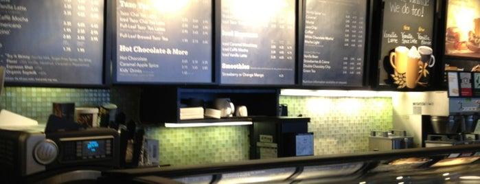 Starbucks is one of Orte, die Marco gefallen.