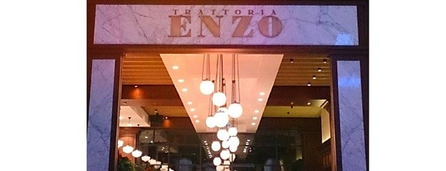 Trattoria Enzo is one of Locais curtidos por Sumeyra e..