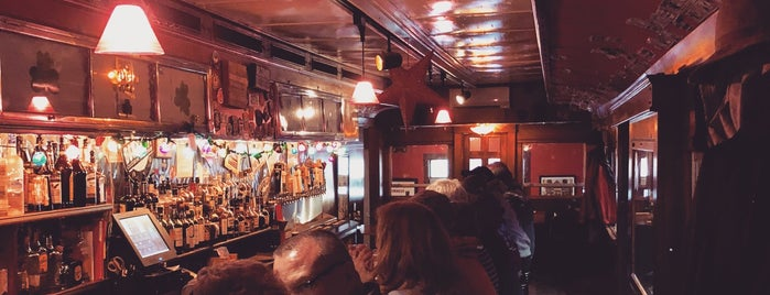 Finn's Irish Pub is one of Maine Trip To Do.