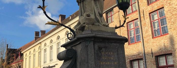 Bonifaciusbrug is one of Posti che sono piaciuti a Stanislav.