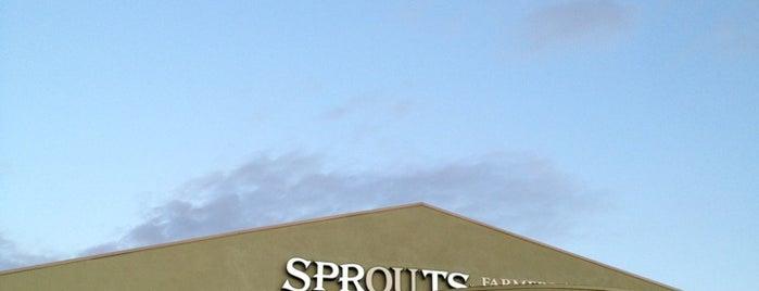 Sprouts Farmers Market is one of Lieux qui ont plu à Veronika.