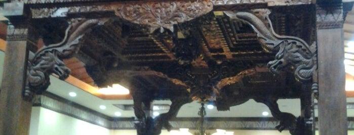Batik Rumah is one of Lieux qui ont plu à Ria.