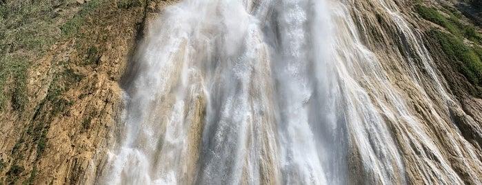 Centro Ecoturistico Cadena De Cascadas El Chiflón is one of Lugares favoritos de Yolis.