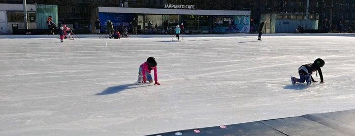 Jääpuisto Ice Park is one of Date.