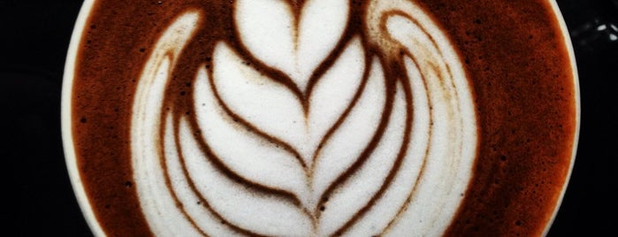 Los Baristas is one of Por amor al café.