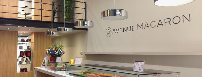 Avenue Macaron is one of valencia.