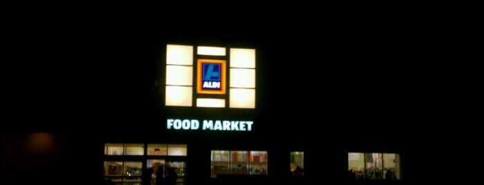 ALDI is one of Lisaさんのお気に入りスポット.