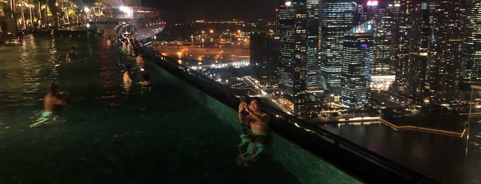 Pool at Marina Bay Residences is one of Singapore 🇸🇬.