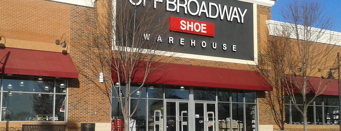 Off Broadway Shoe Warehouse is one of Creative Loafer - Level x10.