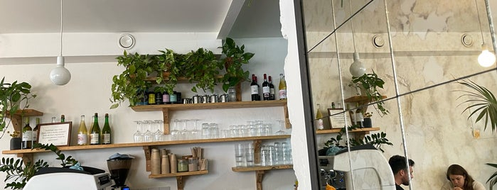 Heim Cafe is one of Lisboa.
