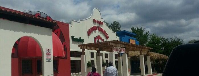 Alamo Tamale Company is one of Lugares guardados de Ryan.