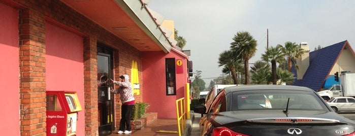 McDonald's is one of Tempat yang Disukai Stephanie.