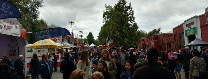 The Fair at the PNE is one of Victoria-starさんのお気に入りスポット.