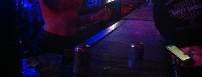 Coyote Ugly Saloon is one of Beer.