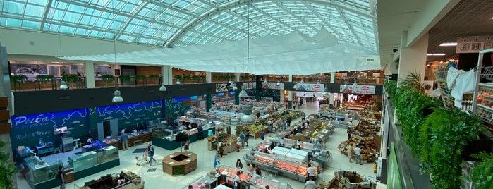 Центральный рынок is one of Maksim : понравившиеся места.