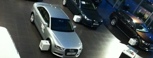 Audi Center is one of Lugares favoritos de Thib.