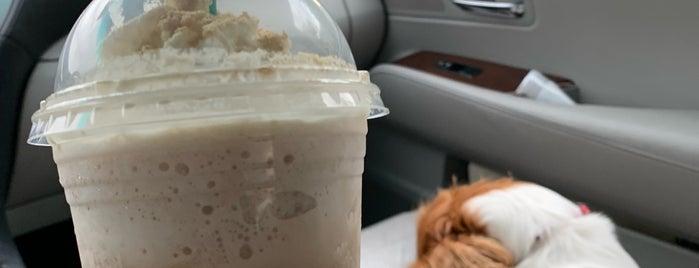 Starbucks is one of Tan : понравившиеся места.