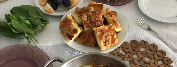 Umutkent Konutları is one of Posti che sono piaciuti a Şule Nur.