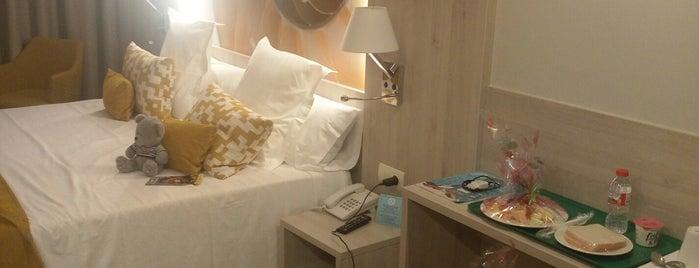 Sumus Hotel Stella & Spa is one of PINEDA.