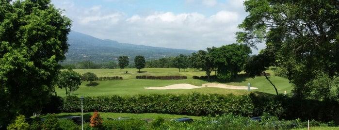 R HOTEL Rancamaya, Ciawi Bogor is one of Chatrine : понравившиеся места.