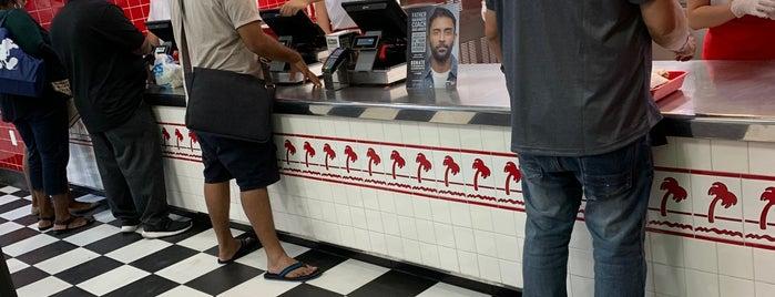 In-N-Out Burger is one of Las Vegas Food Crawl.